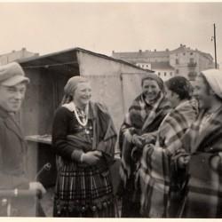 Wrzesień 1939 roku. Tomaszowski rynek. Zbiory Wiesława Strzeleckiego