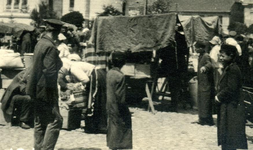 Rynek św. Józefa. Rok 1914. Zbiory Jerzego Pawlika.
