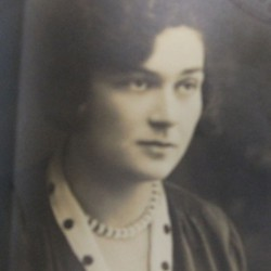 Wanda Bornstein. Marian Fronczkowski Collection.