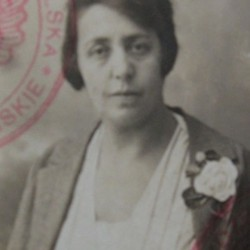 Jadwiga nee Landau, wife of Fiszel vel Feliks Landsberg. Marian Fronczkowski Collection.