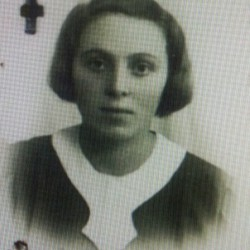 Itta Pleszowska (ur. 1918r.), daughter of Zelig and Nachuma. She lived with her parents and siblings at 1, Bożnicza Street (today Bohaterów Getta Warszawskiego Street) until the liquidation of the ghetto in 1942. APTM nr 7 Sygn. III/2156a  p. 143
