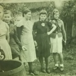 Młodzież z Ciebłowic. Rok 1942